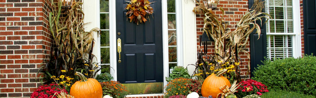 A Homeowner's Guide On Choosing A Color For Your Front Door