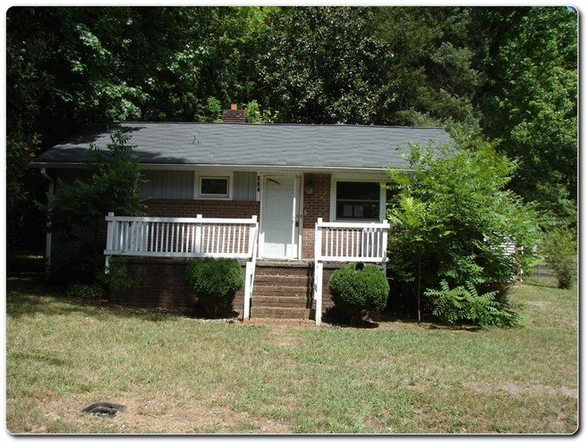 Home For Sale 664 Smyre Dr Gastonia NC 28054