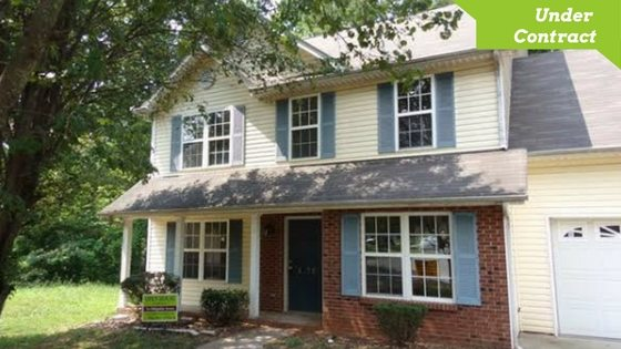 Great 2 Story Home For Sale on a Cul-de-Sac Lot