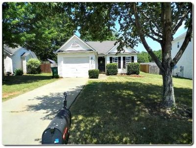 1563 Hollow Maple Dr Charlotte NC 28216