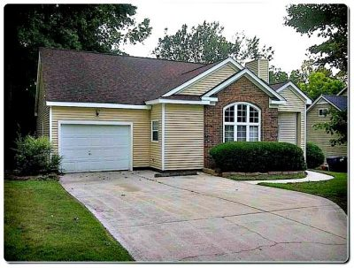 3517 Cliffvale Ct, Charlotte NC 28269, home for sale