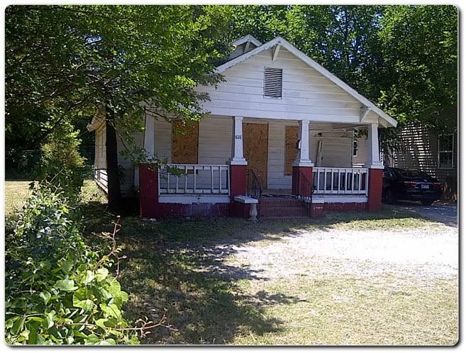 634 Bradford Drive, Charlotte NC 28208, home for sale