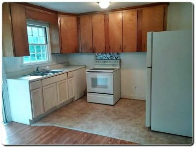 2348 Toddville Road Charlotte NC 28214, Bungalow Home For Sale with Large Back Patio