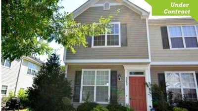 Townhouse for Sale with Two Master Bedrooms
