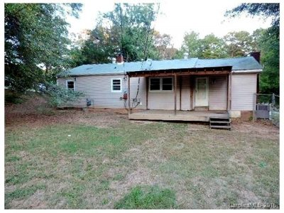 2425 Davis Park Road Gastonia NC 28052, home for sale, bungalow home for sale