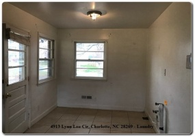 4913 Lynn Lee Circle,Charlotte,Mecklenburg,North Carolina,United States 28269,3 Bedrooms Bedrooms,1.5 BathroomsBathrooms,Home,Lynn Lee Circle,1378